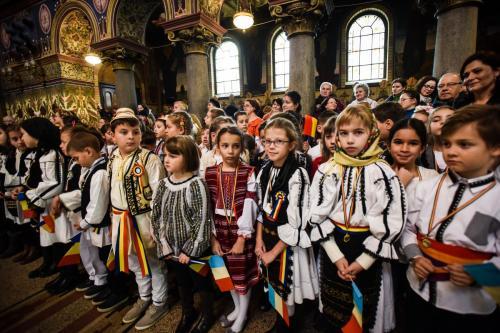 copii-goga-1-decembrie-ziua-nationala-mitropolie-4