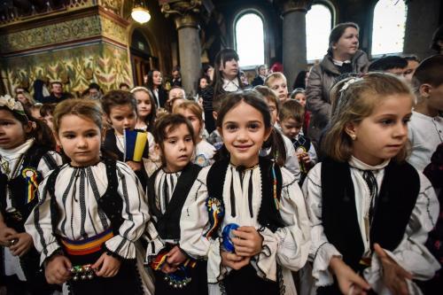 copii-goga-1-decembrie-ziua-nationala-mitropolie-6