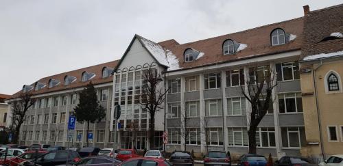 Clădirea Colegiului National Octavian Goga Sibiu (2020) - 1